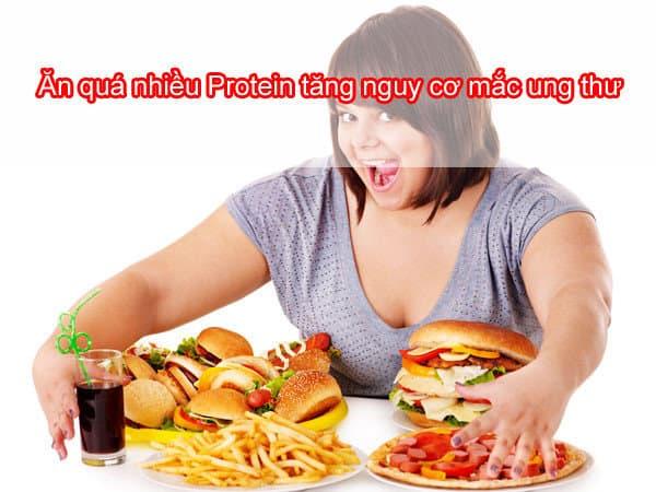 không nên tiêu thụ quá nhiều protein